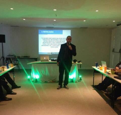 Palestra sobre marketing de conteúdo no Mentalidade Master