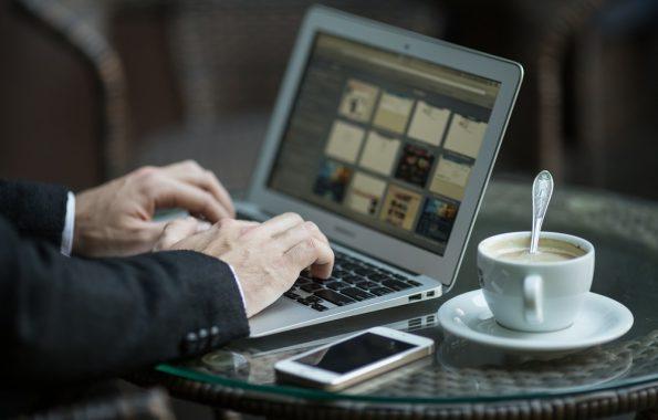 Como se posicionar como especialista em seu mercado publicando em blogs de parceiros